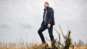 foto van Johan in een veld