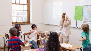 Leraar krijgt klas niet onder controle