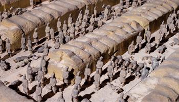 Kleine terracotta figuurtjes